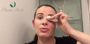 Eye Cleanser Application