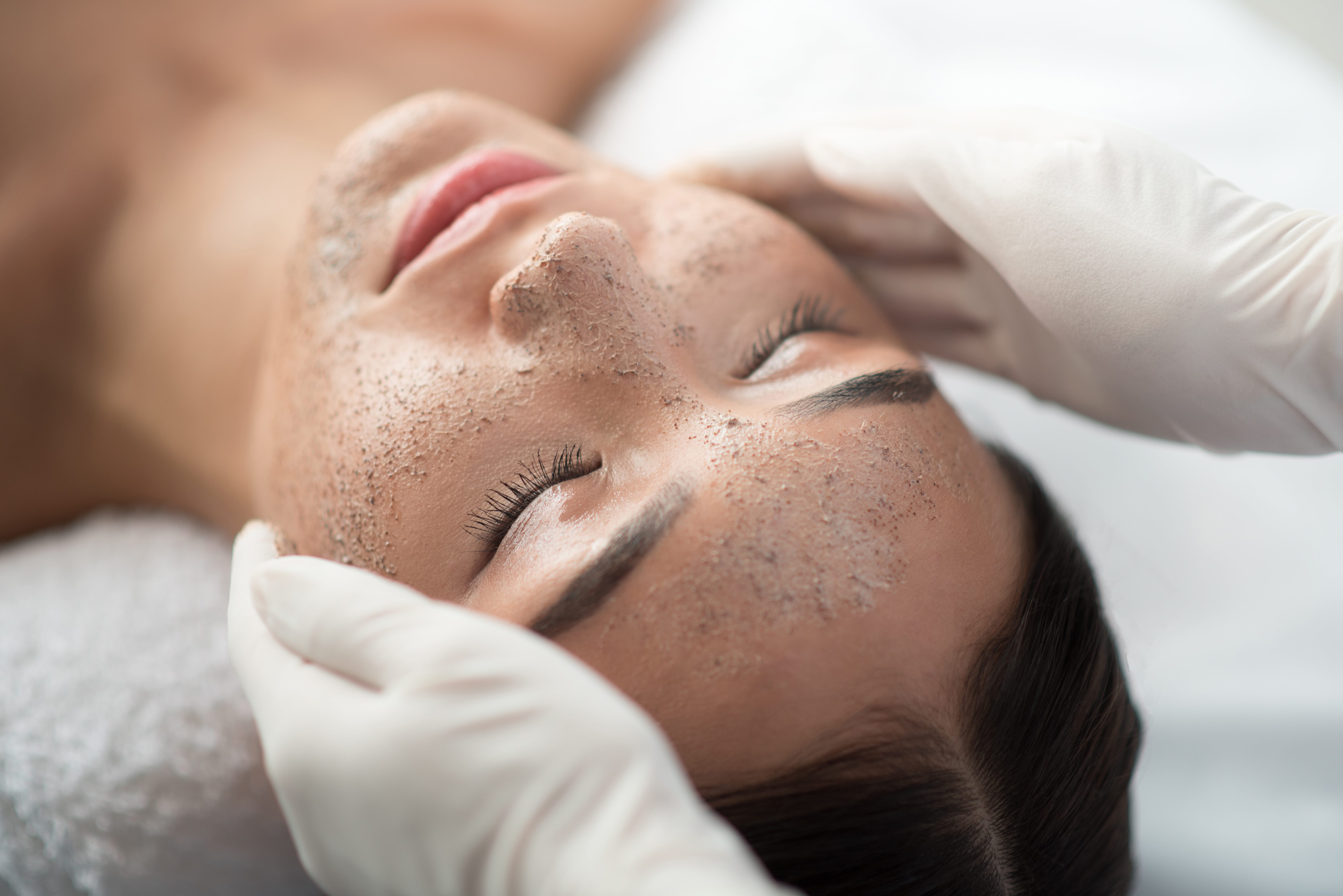 Read more about the article Elana answers your exfoliation questions